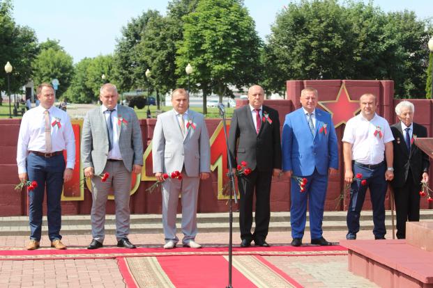 Митинг, посвященный Дню Независимости Республики Беларусь и 76-летию освобождения от немецко-фашистских захватчиков